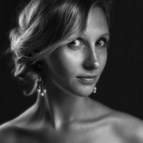 Portret zwart wit vrouw