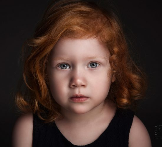 Kinderfotografie donker intrigerend