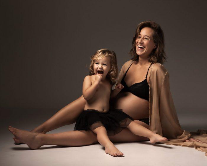 Zwangerschapsfotoshoot met dochter